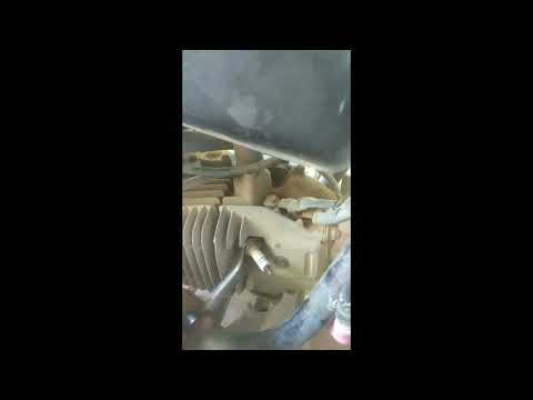 HOW TO CLEAN SPARK PLUG