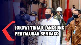Jokowi Tinjau Langsung Penyaluran Sembako di Johar Baru Jakpus