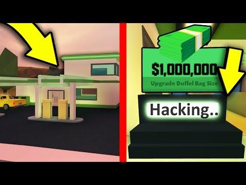 ROBBING THE GAS STATION IN JAILBREAK! (Insane Money) | Roblox