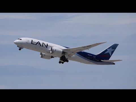 LAN Airlines Boeing 787-8 [CC-BBD] Departing LAX.