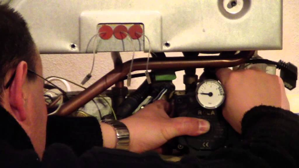 Caldera bloqueada v deo jsm tutorial sustitucion bomba for Calderas de gas roca