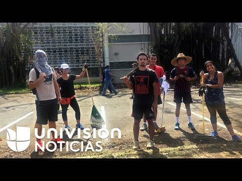 360/VR: Students clean up the University of Puerto Rico (UPR)