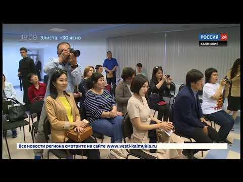 В Элисте состоялся благотворительный концерт Дмитрия Певцова