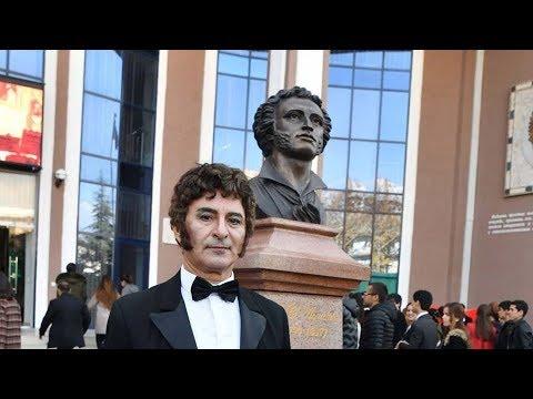 Таджикистан почтил память Пушкина