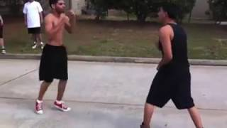 Download Video Street figth 3 vs 1 must watch!!! MP3 3GP MP4
