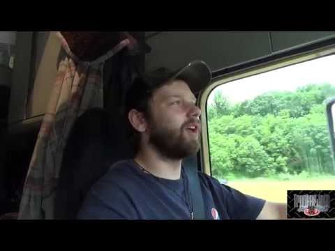 (MLD#50) Trucker Josh - QUEBEC - My Trucking Life