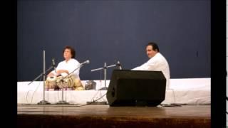 Ustad Zakir Hussain Tabla solo- Guru Pournima 2015