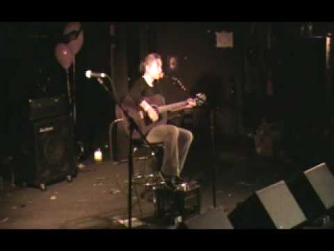 "Kristin Hersh - ""Me and My Charms"" (live - For Amie)"