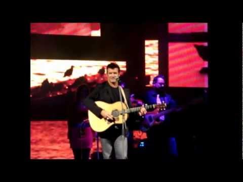 Jean Johnny Jean chanté par Roch Voisine à Caraquet le 15/08/2012 (Acadie authentique)