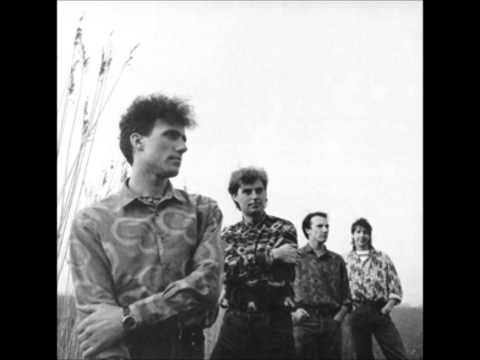 Orchestral manoeuvres in the dark she s leaving 2003 digital remaster