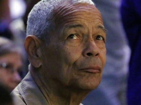 Civil Rights Champion Julian Bond Dies at Age 75