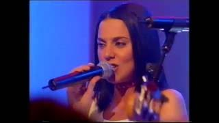 Taken from TOTP (BBC1) on Friday 15th January 1999.