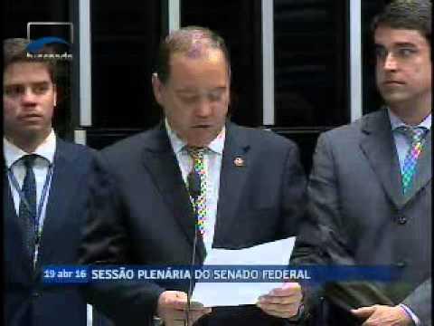 Senador Vicentinho Alves comunica ao SF recebimento do Processo de Impeachment - 19 de abril de 2016