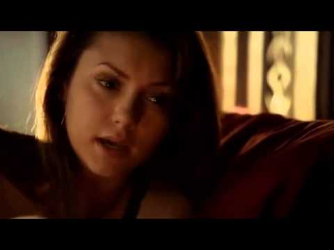 Vampire Diaries Season 5 Episode 3 Stefan almost burns in the daylight