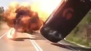 Sizi çatışmanın içine sokan video 《vr gözlük ile izleye bilirsiniz》
