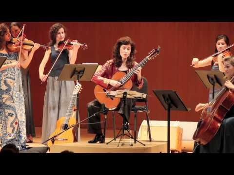 Sharon Isbin Performs Famous Vivaldi Guitar Adagio (2 of 3)