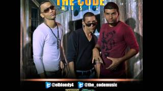 elblondy4 & elmanzo(The code Miusic) -Tira Pal de paso By Martillo