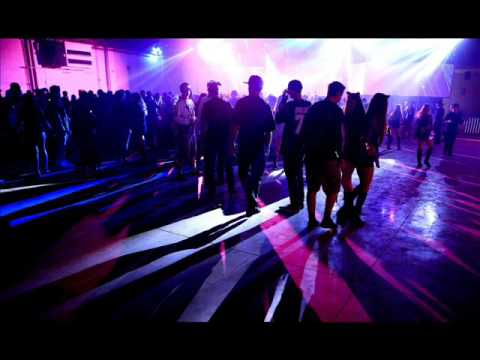 Nogogol Versus Beam And Yanou With Kai Tracid - Piros Tornacipok (L Tee Bee Remix)