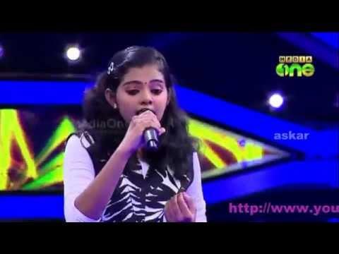 Pathinalam Ravu2 Krista Kala singing mappila song old hit mani deepame..
