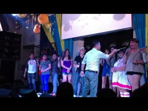 Listen(ビヨンセ)at Library Comedy house in Manila