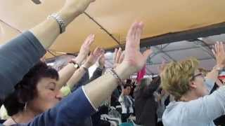 MVI 0042 - Alza le braccia e loda il Tuo Signor
