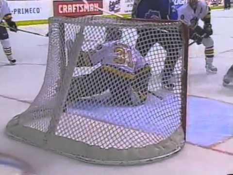 Chicago Wolves vs Bridgeport Sound Tigers 6/3/2002