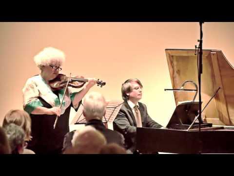 JS Bach, Sonata in A Major for Violin and Harpsichord BWV 1015: Huggett, Brookshire