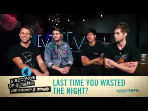 5 Seconds of Summer play First and Last