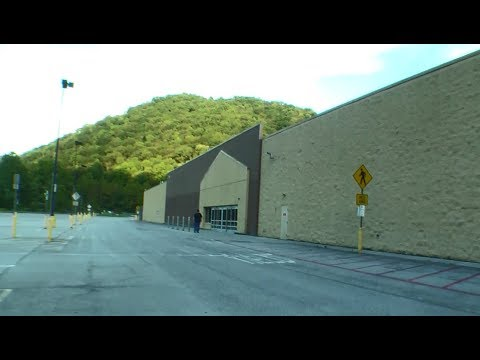 ABANDONED WALMART WALK AROUND LEFT IN THE MIDDLE OF NOWHERE