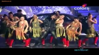 RESUMEN Shahrukh Khan Perfomance 2012