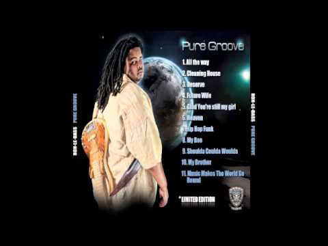 Ron-Le-Bass @Music makes the world go round ft Dluzion