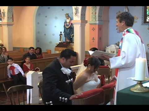 arras-&-lasso-ceremonies-at-a-hispanic-wedding