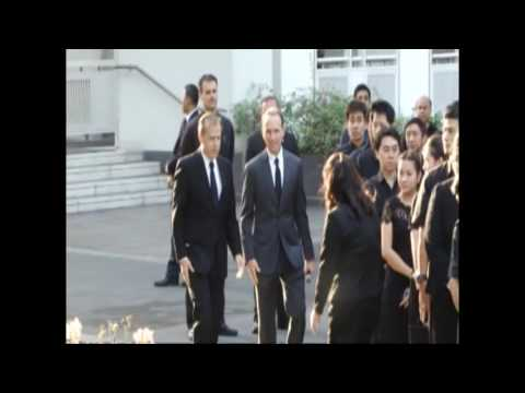 US Embassy staff join event honoring the monarchy of Thailand