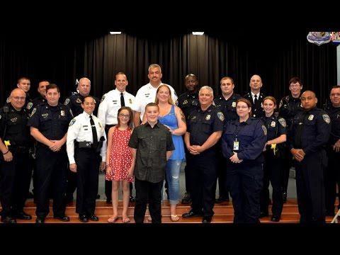 Police Officers Support Son of Fallen Cop By Attending His 5th Grade Graduation