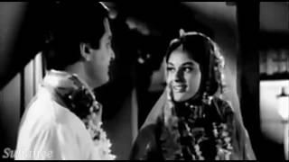 Ek Tera Saath Hum Ko Do Jahan Se Pyara Hai - Wapas 1969