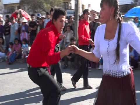 Tchinchon Express au défilé de la Virgen de Guadalupe à Sucre 2