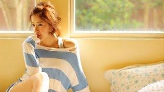 2013年11月15日発売の夏焼雅 写真集『GLOW』メイキング映像特別編集版DV...