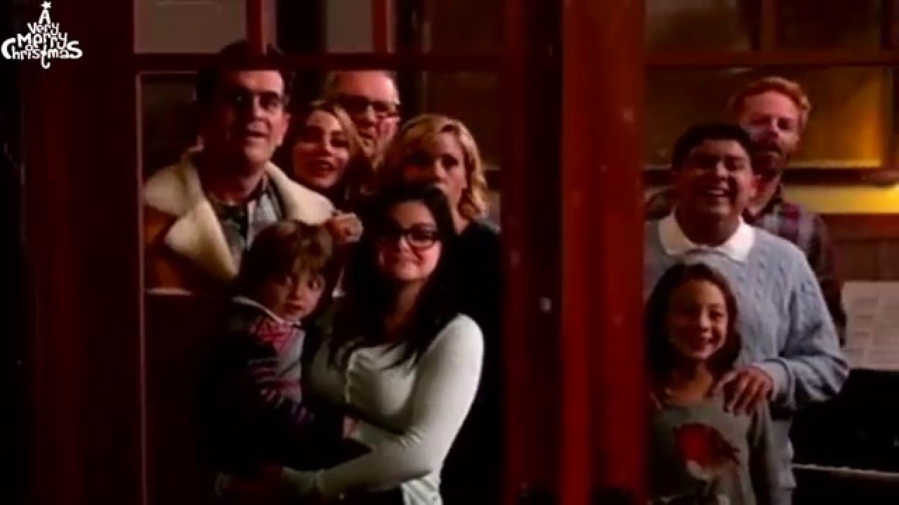 Who is cam on modern family hookup