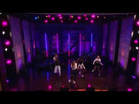 "Tinashe performs ""All Hands On Deck"" live at Conan 04/06/15"