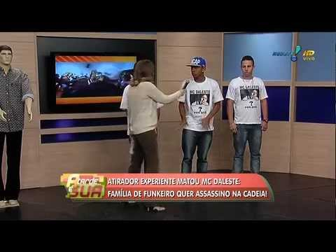 A Tarde é Sua: Integrantes do grupo contam como MC Daleste foi atingido TRAVEL_VIDEO
