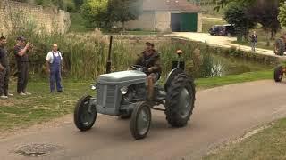 Les vieux tracteurs à l'honneur !