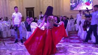 сексуальный танец живота на свадьбе
