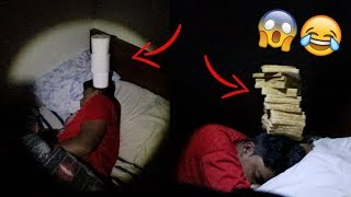 BALANCING OBJECTS ON BROTHERS HEAD WHEN HE'S SLEEPING **challenge**