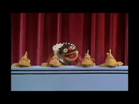 Muppet Songs: Lew Zealand - You Light Up My Life
