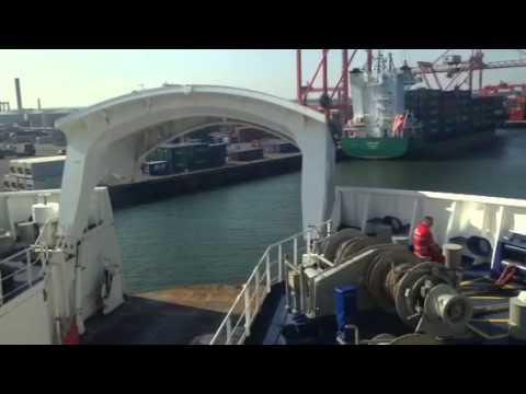 Stena adventurer docking Dublin port