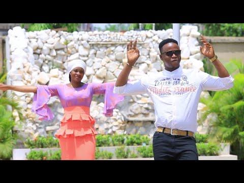 Download Yauma Garzali Miko Ya Fito Da Wata Sabuwar Waka Mai suna (Soyayya) Latest Hausa Song 2019.