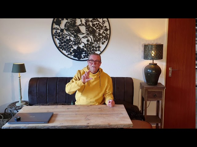 (Film nr. 201) 127e vlog op zondag - Behandeling en product van de maand.