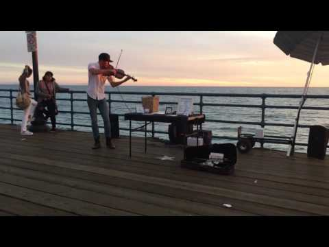Talented Guy Plays Titanic In Santa Monica Sunset ( Cover by Daniel Morris )