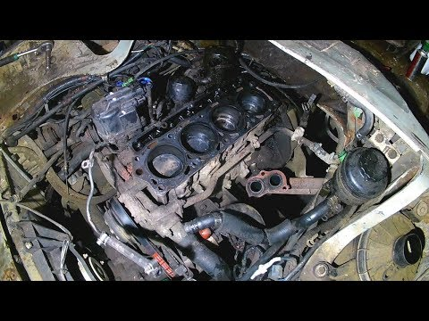 Фото к видео: Разбираем двигатель toyota lite ace, внутри жесть