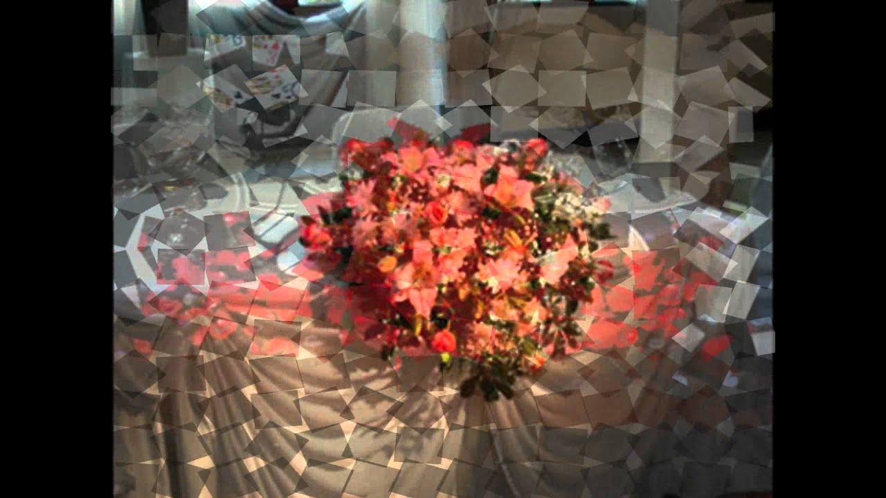 Arreglos florales para 15 a os youtube for Adornos navidenos para xv anos